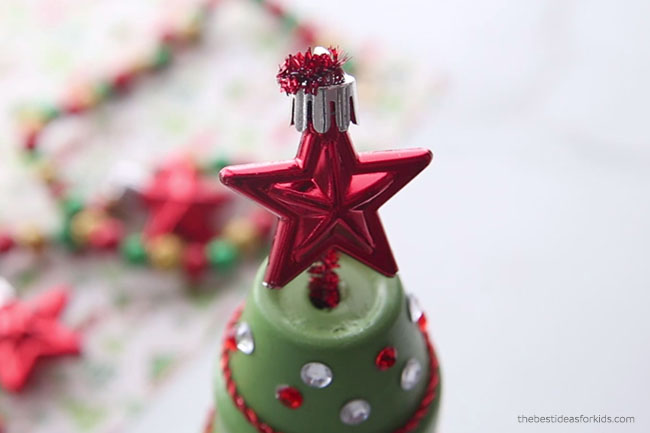 Add Star to Terracotta Christmas Tree