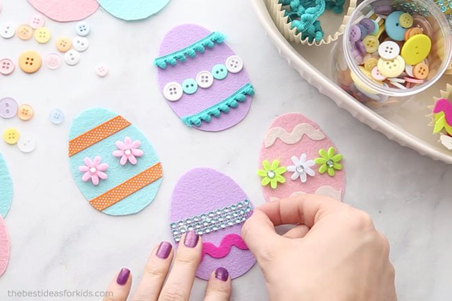 Decorate Felt Easter Eggs