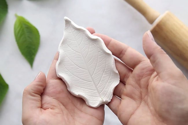 Leaf Printed Clay Dishes