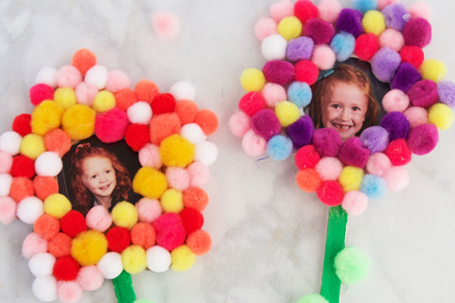 Pom Pom Flower Craft