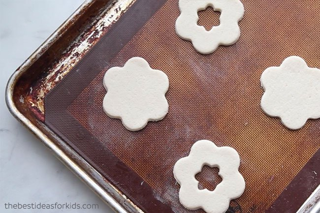Bake Salt Dough Flowers