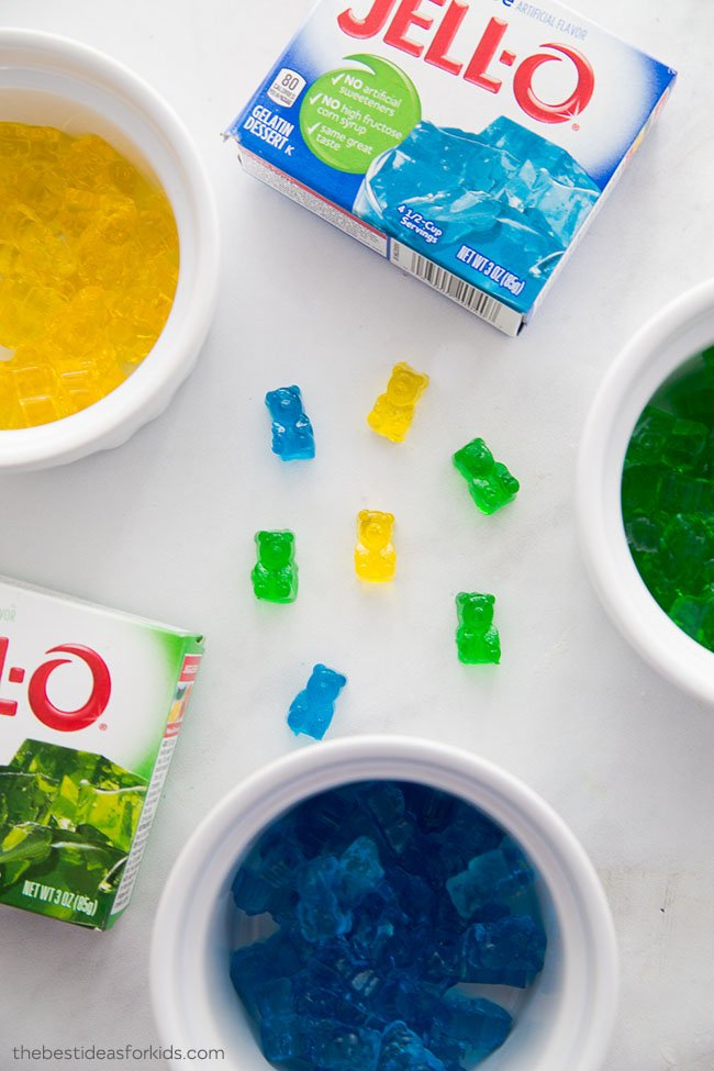 How to Make Gummy Bears With Jello