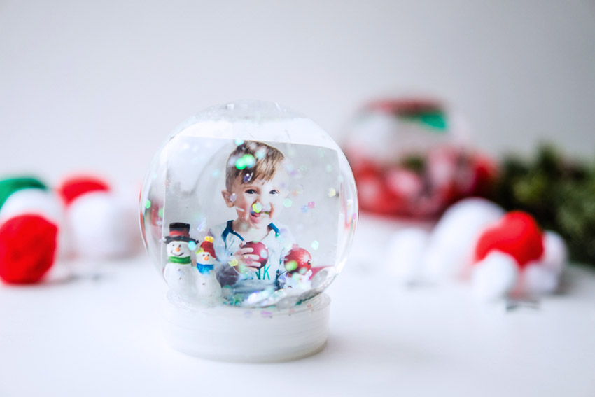 how to make a snow globe the best ideas for kids. Black Bedroom Furniture Sets. Home Design Ideas