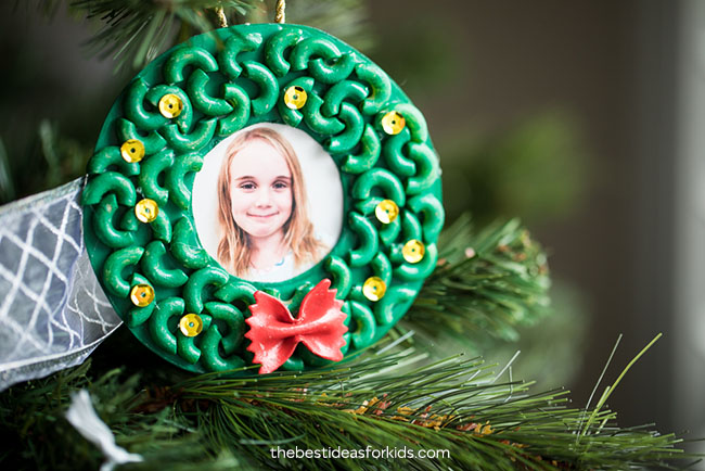 Macaroni Wreath Ornament