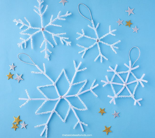 Pipe Cleaner Snowflakes DIY
