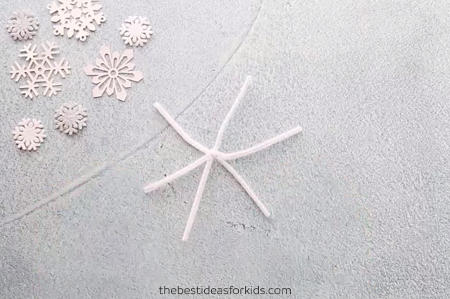 Twist Pipe Cleaners to Make Snowflakes