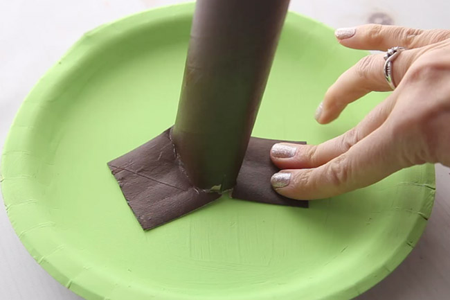 Glue Paper Roll to Paper Plate