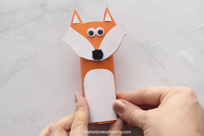 Glue Paper to Toilet Roll Fox