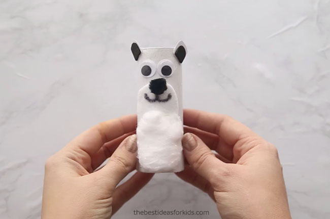 Paper Roll Polar Bear