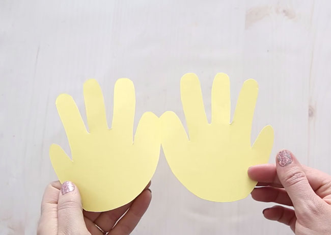 Trace Handprint for Easter Chick
