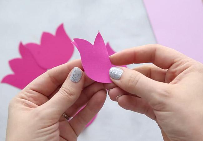 Make a Paper Tulip