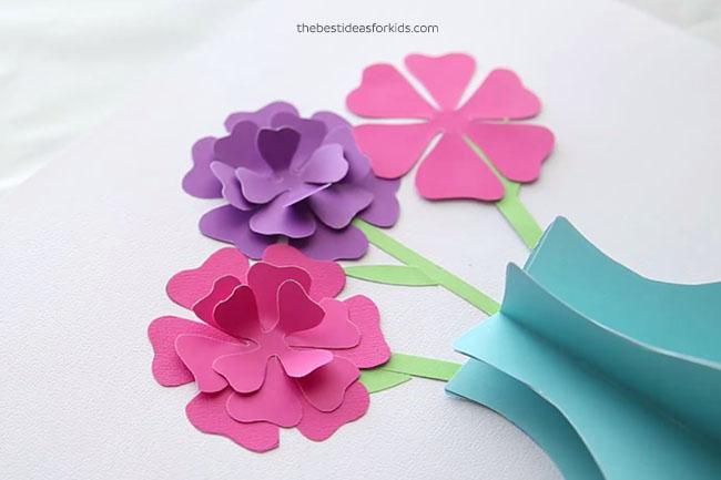 Glue Easy Paper Flowers