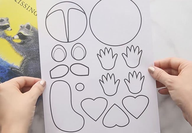 Kissing Hand Templates