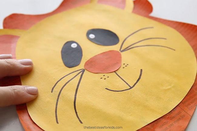 Zoo Animal Lion Craft