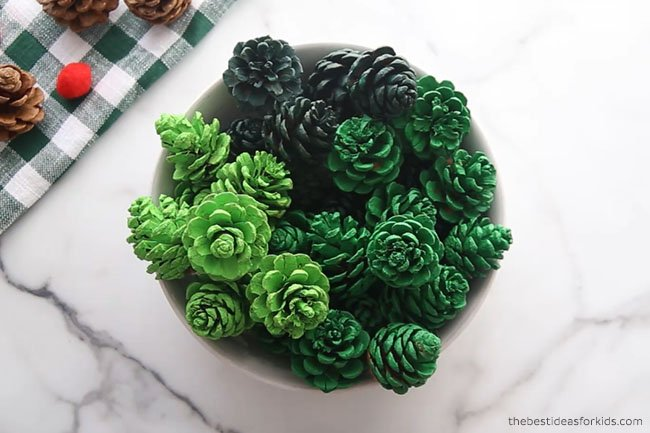 Paint Pine cones for Pine cone Wreath