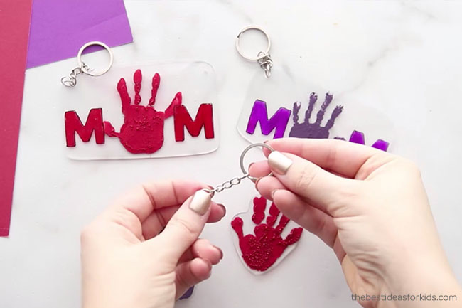 Add keychain to handprint shrinky dink
