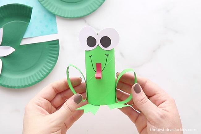 Toilet Paper Frog
