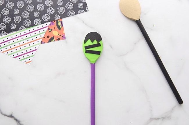Add Black Felt to Frankenstein Spoon