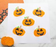 Pumpkin Sponge Painting