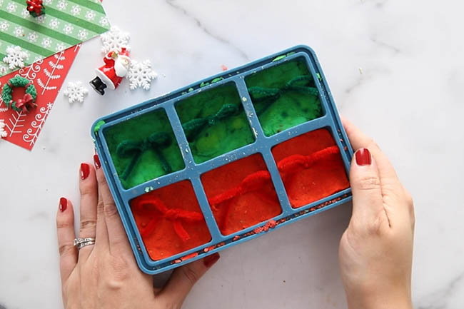 Freeze Fizzy Christmas Presents