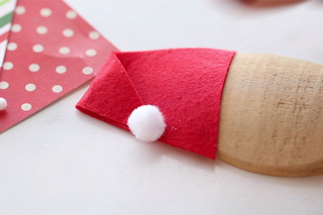 Make Santa Hat with Felt